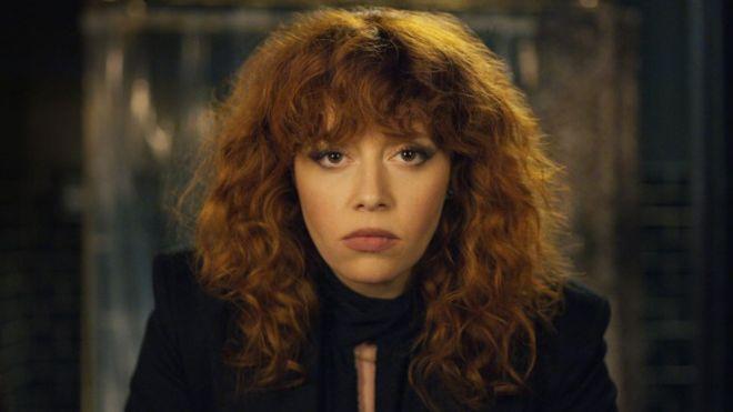 Natasha Lyonne interpreta a Nadia Vulvokov en Muñeca Rusa (FACEBOOK)