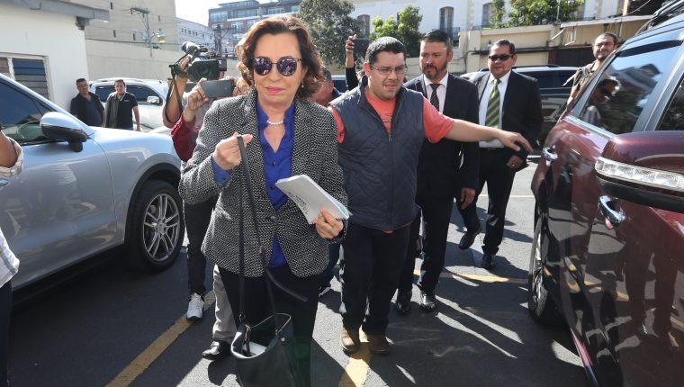 La candidata a la presidencia por el partido de la Unidad Nacional de la Esperanza (UNE), Sandra Torres. Foto Prensa Libre: Hemeroteca PL)