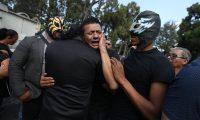 """Entierro de Laisha María Fernanda Cameros Azurdia, luchadora conocida como """"la Hija del Zorro"""", quien fue asesinada en la zona 18 cuando le robaron su celular.    ÓSCAR RIVAS  11 02 2019"""