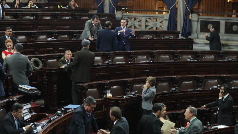 Al menos 28 diputados tienen denuncias penales incluso la mayoría le fue retirada la inmunidad. (Foto Prensa Libre Hemeroteca PL)