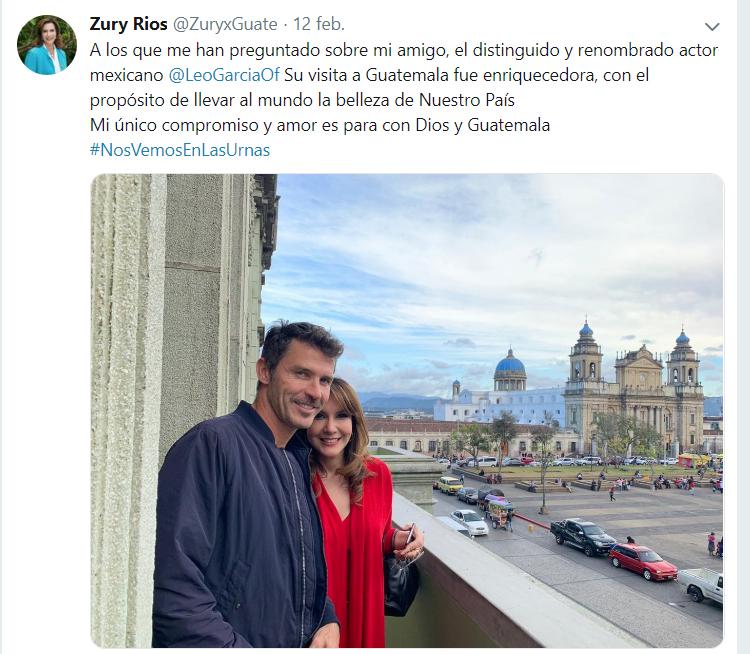 Zury Ríos, candidata del partido Valor, publicó una foto con el actor mexicano Leonardo García en el balcón del Palacio.
