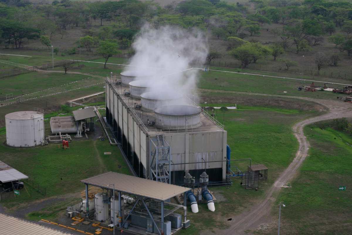 EEGSA hará licitaciones para sustituir contrato de la generadora con carbón San José