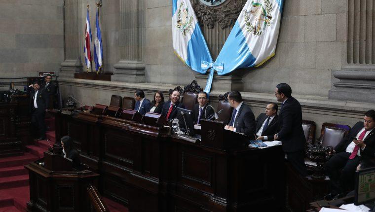 La directiva del Congreso, constituida en comisión permanente durante este periodo de receso, determinó accionar contra los magistrados de la CC. (Foto Prensa Libre: Hemeroteca PL)