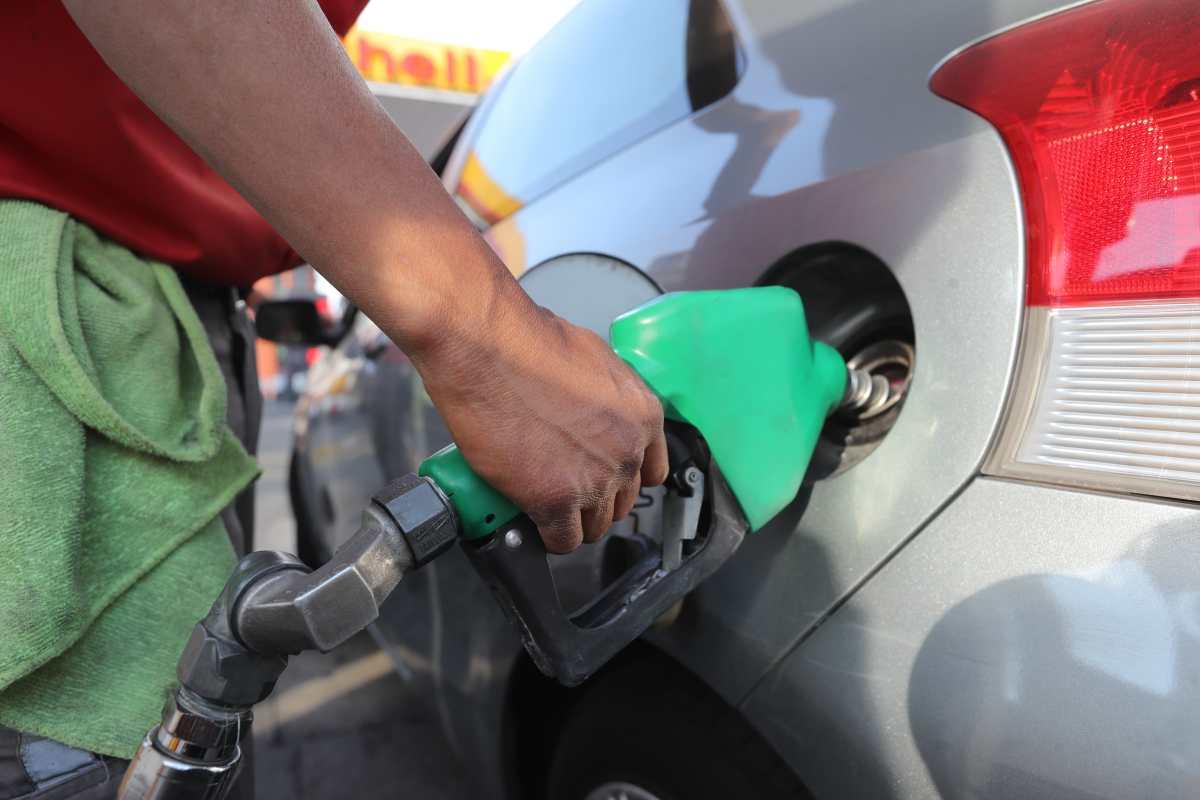 Guatemaltecos pagaron Q20 mil millones por compra de derivados del petróleo