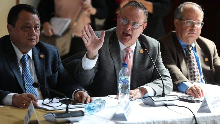 Ministro de Salud Carlos Soto enfrenta un antejuicio. (Foto Prensa Libre: Hemeroteca PL)