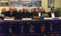 Obispos de la Conferencia Episcopal hablan a la prensa. (Foto Prensa Libre: Luis Sajché)