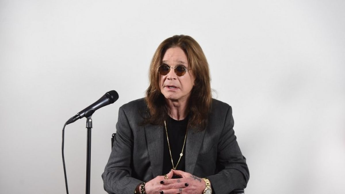 Ozzy Osbourne está hospitalizado por complicaciones derivadas de una gripe. (Foto Prensa Libre: AFP)