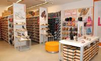La cadena estadounidense  de calzado Payless ShoeSource, anunció que cerrará más de 2 mil 100 tiendas. (Foto, Prensa Libre: Hemeroteca PL).