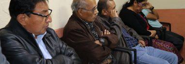 Funcionarios de San Antonio Aguas Calientes que deberán recibir el curso. (Foto Prensa Libre: Julio Sicán).
