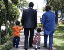 Las familias interesadas en cuidar temporalmente a un niño podrá realizar el tramite en Quetzaltenango.. (Foto Prensa Libre: Cortesía SBS)