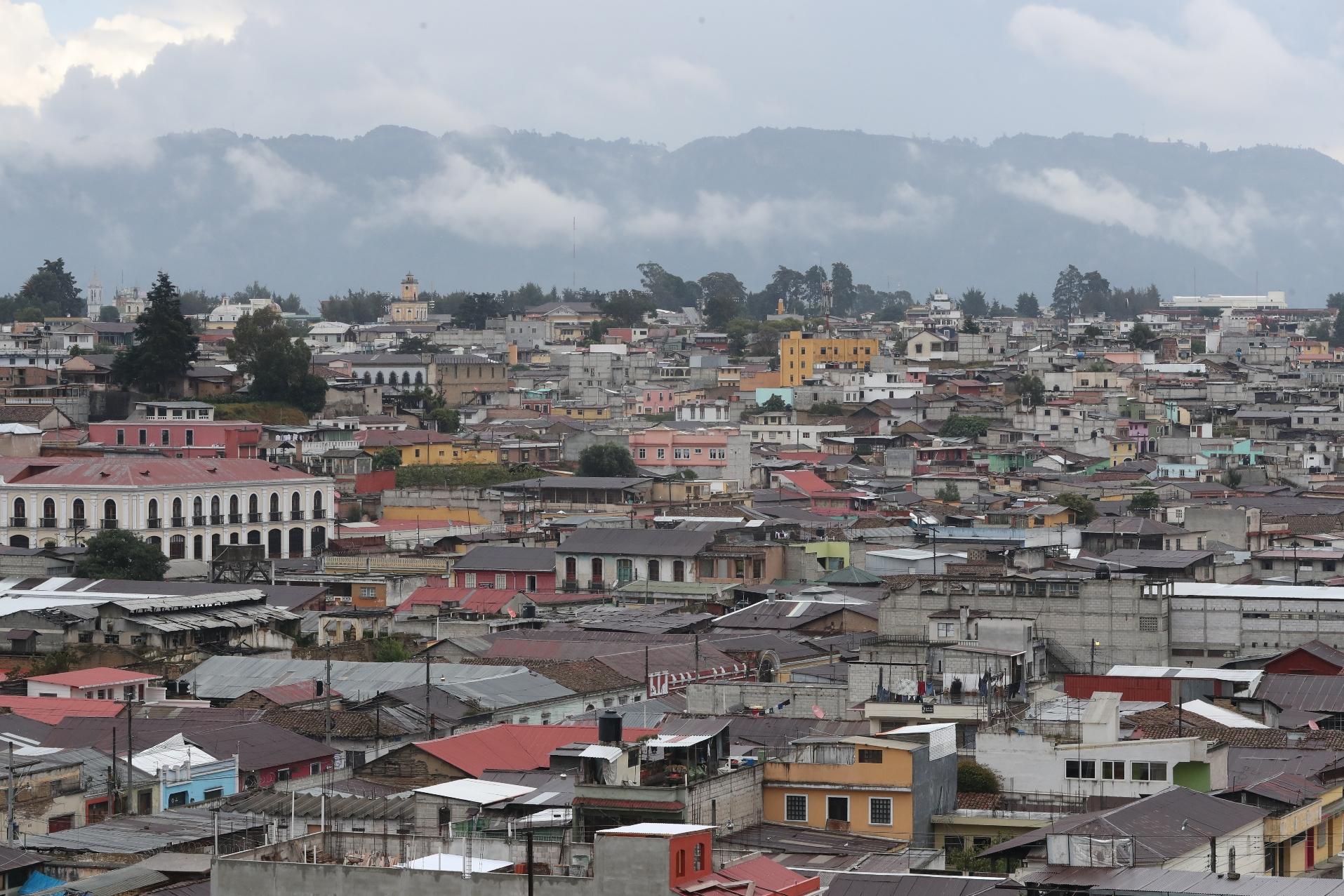 Los hogares quetzaltecos observaran en los recibos la nueva tarifa de la energia a partir de marzo de este año. (Foto Prensa Libre: María Longo)
