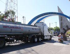 Puerto San José es un paso importante para ele transporte de carga. (Foto Prensa Libre: Hilary Paredes).