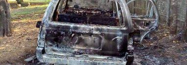 Según familiares, el vehículo de Oseas Nahum Maldonado Paz fue localizado quemado en Escuintla. (Foto Prensa Libre Cortesía)