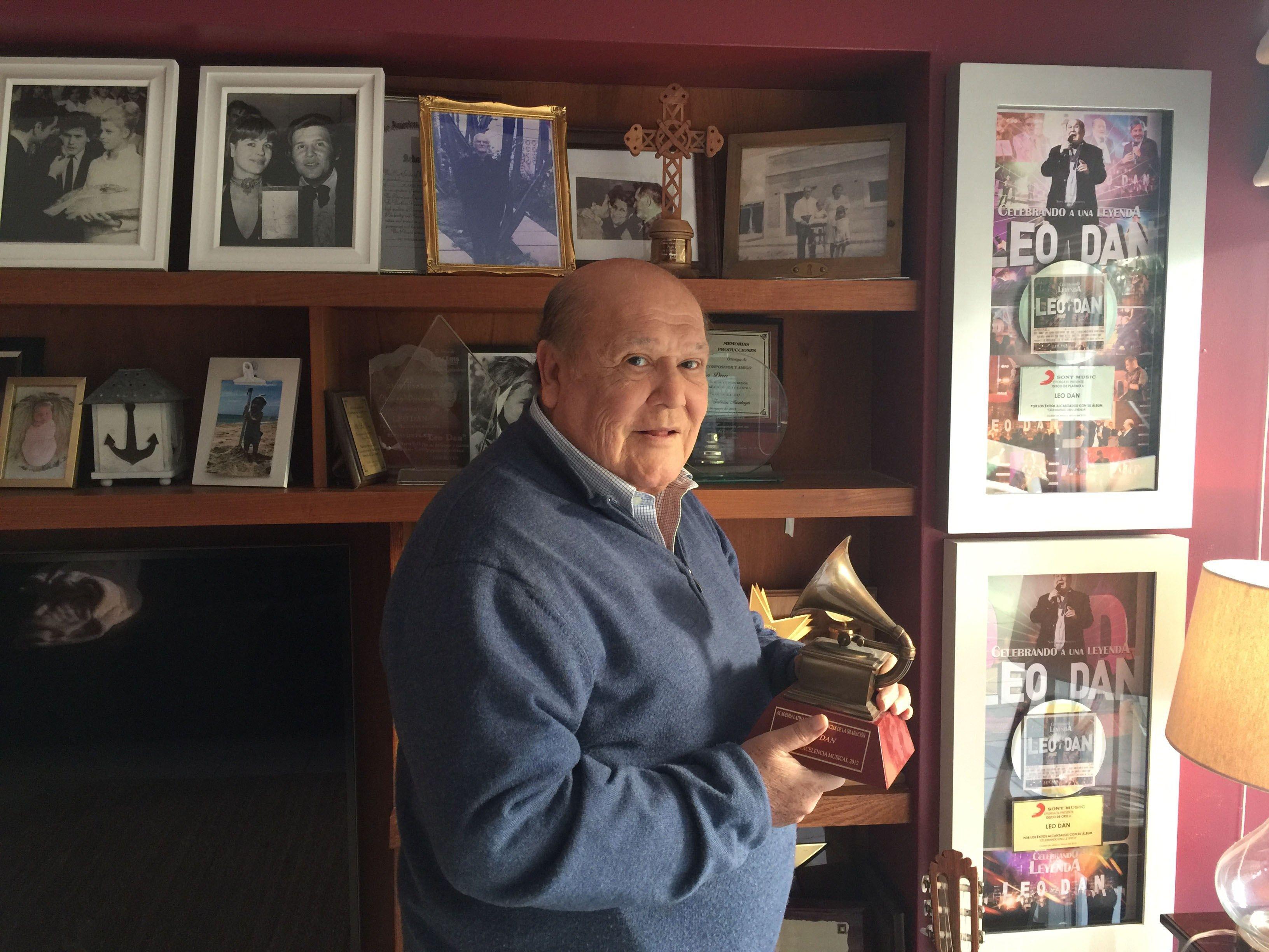 El cantante argentino Leo Dan tienen más de 70 álbumes grabados. (EFE).