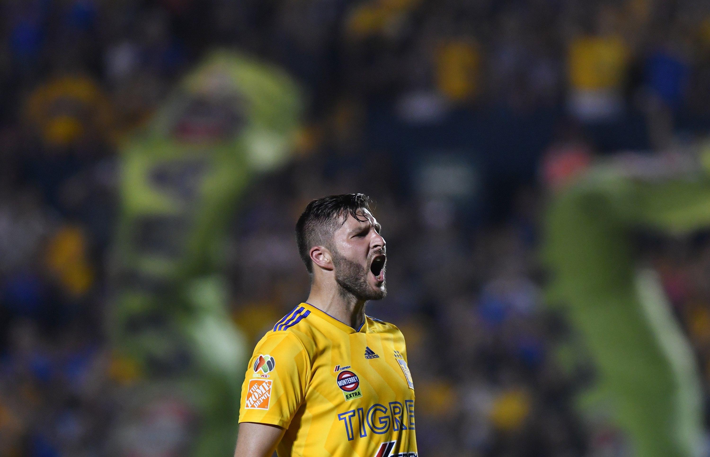 Gignac festeja después de anotar contra Necaxa. (Foto Prensa Libre: EFE)