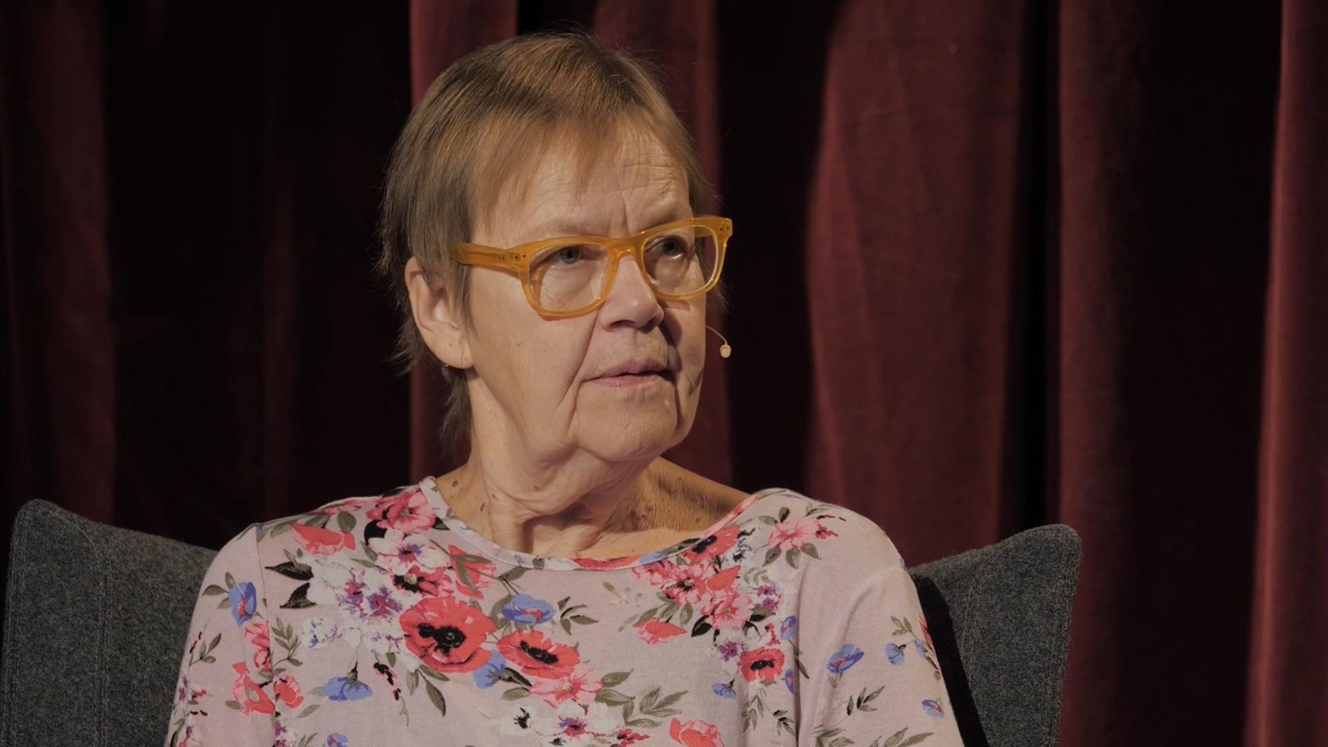 La poetisa Tua Forsström será la nueva integrante de la Academia Sueca, institución que otorga el Premio Nobel de Literatura. (Foto Prensa Libre: YouTube)