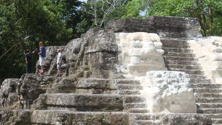 Uaxactún y San Juan La Laguna, las nuevas apuestas de Guatemala para atraer turistas europeos