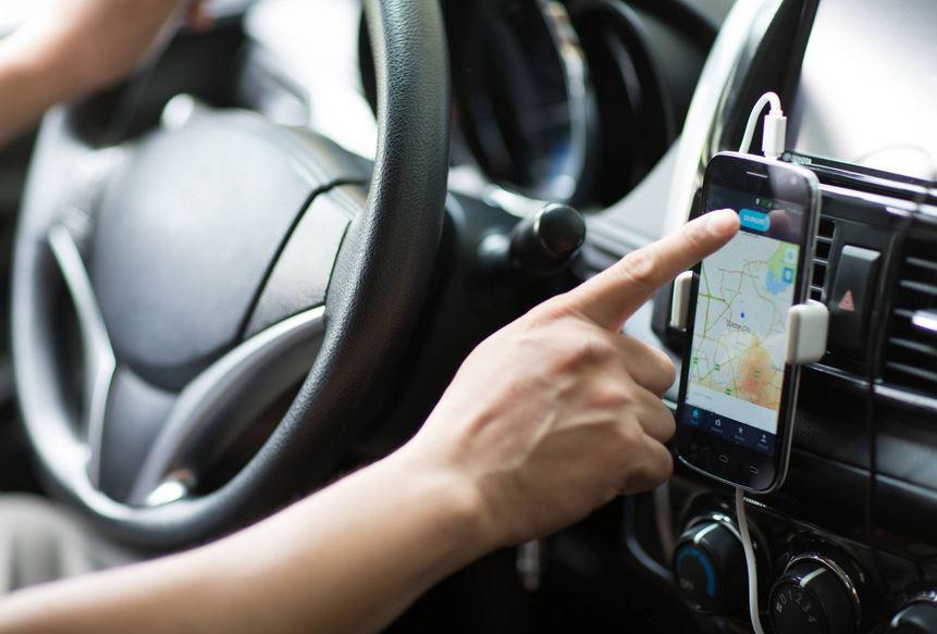 La aplicación de transporte Uber informó cuáles son los requisitos oficiales para reclutar a socios conductores en Xela. (Foto Prensa Libre: Cortesía)
