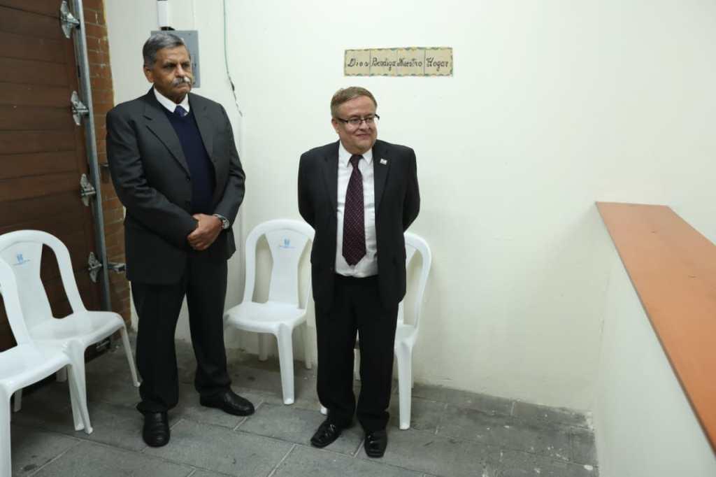 Mauricio Radford (izquierda) fue uno de los primeros presidenciable inscritos, por el partido Fuerza. (Foto: Hemeroteca PL).