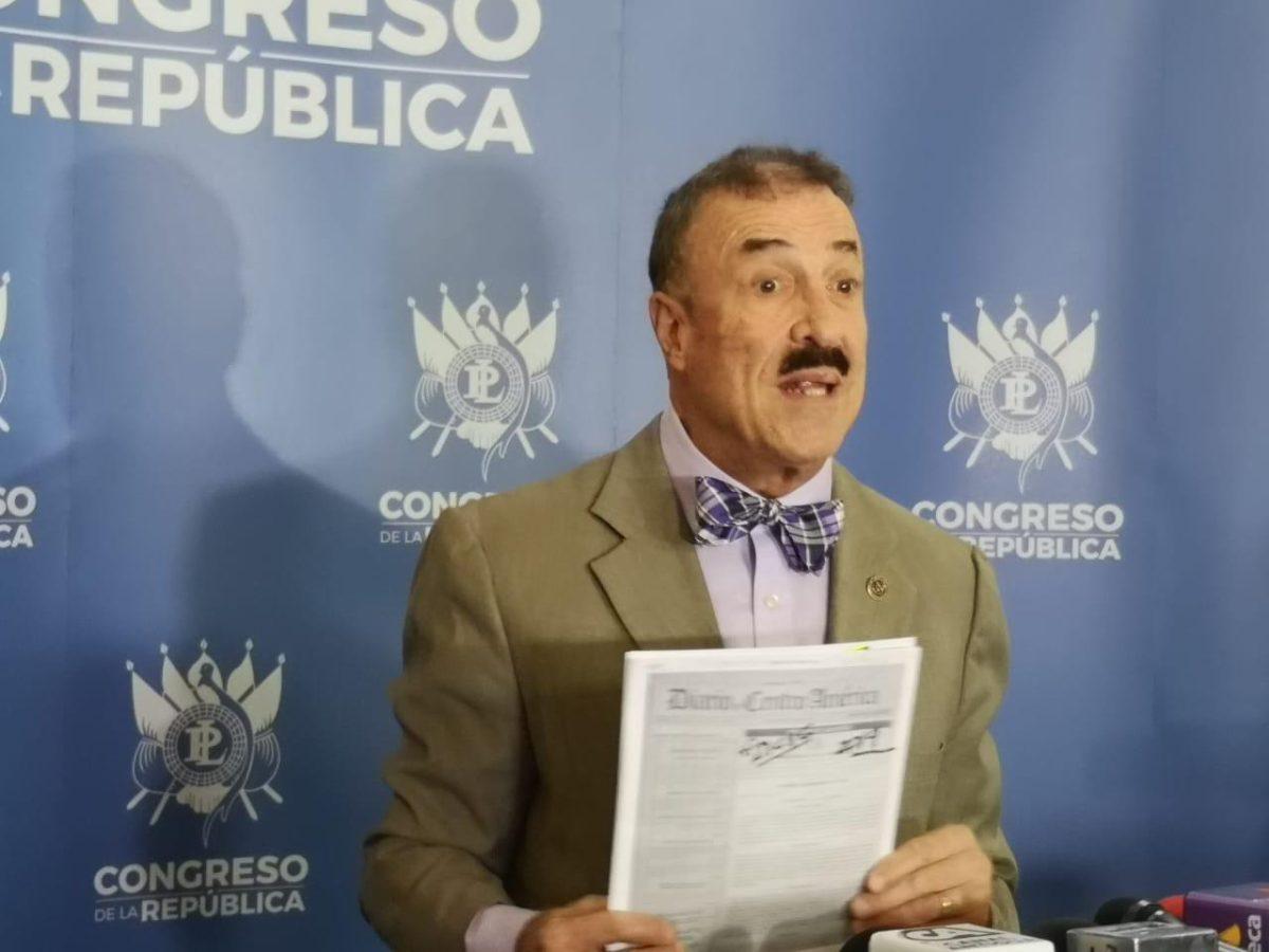 Linares-Beltranena propone derogar el decreto que aprueba el convenio de la Cicig