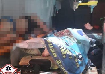 Uno de los adolescentes falleció a su ingreso al hospital. (Foto: Bomberos Municipales Departamentales)