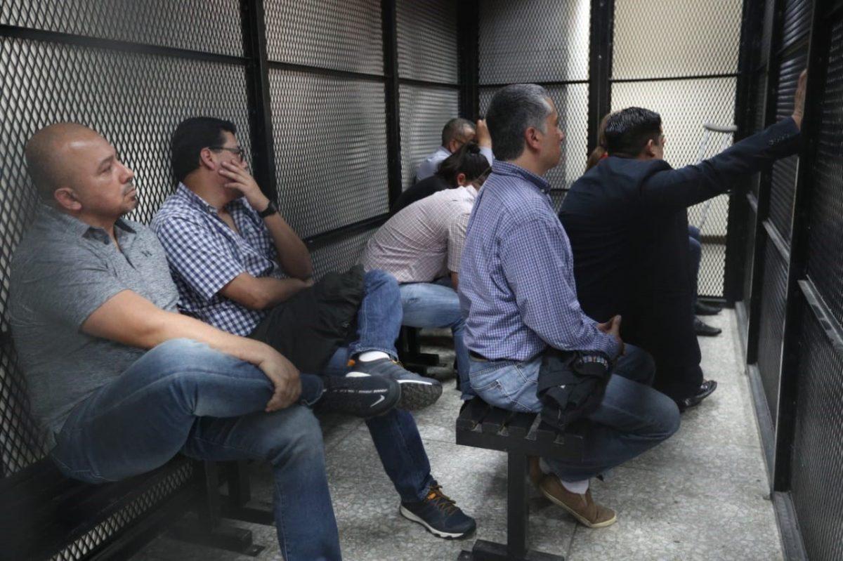 Sentencian a excúpula de la PNC y contratistas por malversar Q64 millones