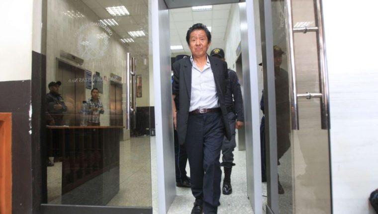 Carlos Batzín fue ministro de Cultura y Deporte durante el gobierno de Otto Pérez. (Foto Prensa Libre: Hemeroteca PL)