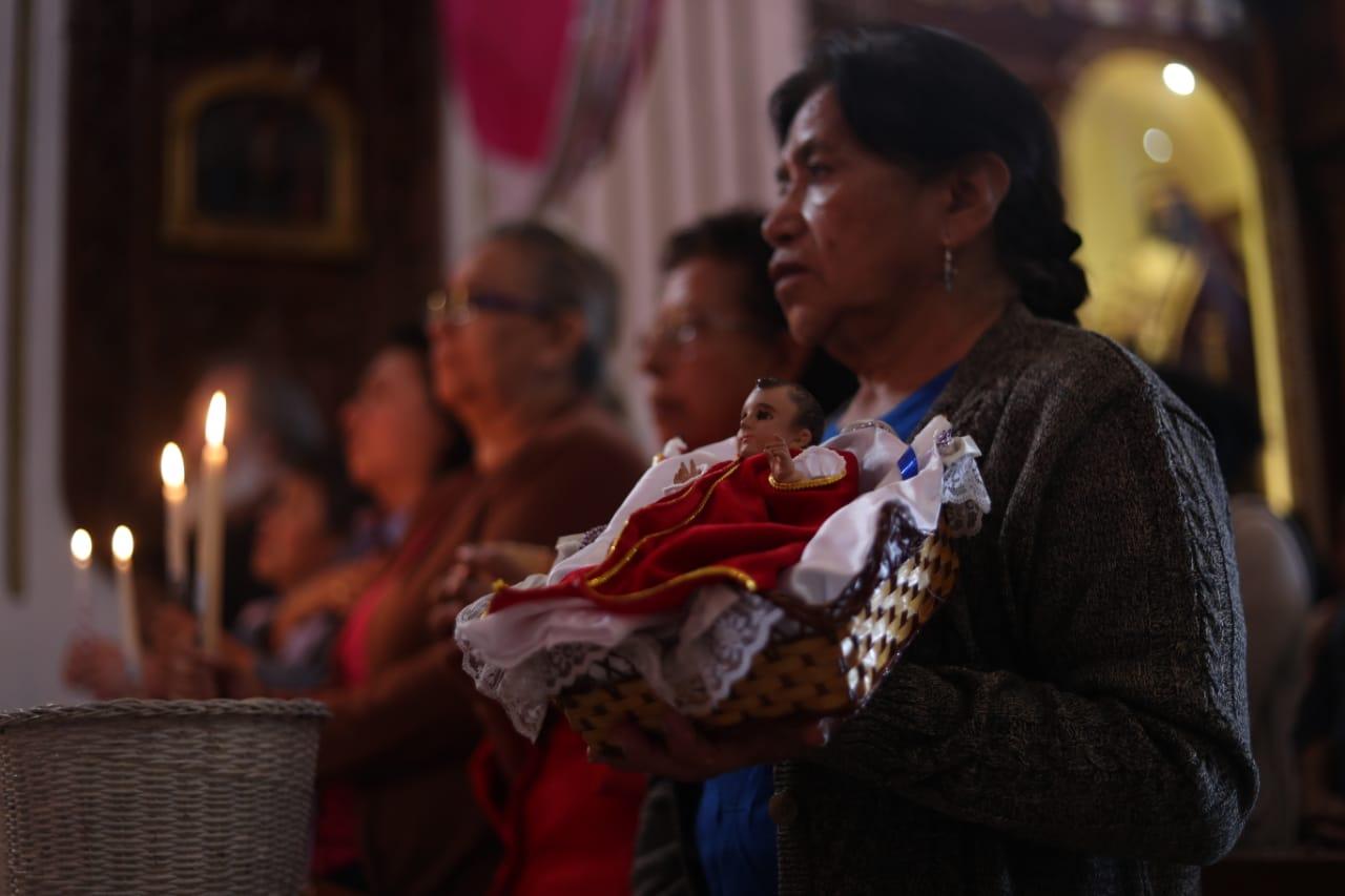 Este día, según la religión católica, se deshace el nacimiento hecho para Navidad y se lleva el niño a la iglesia.