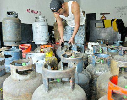 El fin de semana guatemaltecos podrán solicitar propano a domicilio sin ningún problema. (Foto Prensa Libre: Hemeroteca).