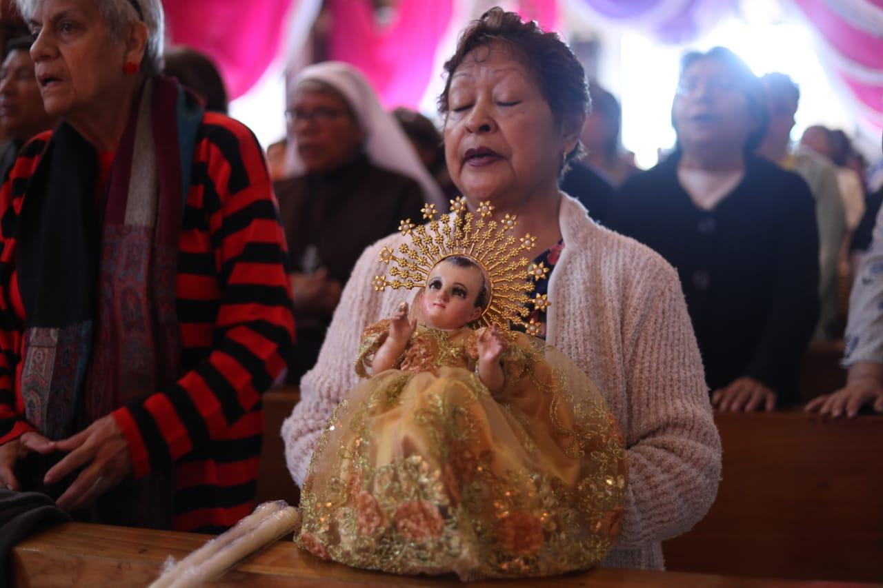 Esta mañana se llevó a cabo la bendición de los niños en la iglesia Candelaria, zona 1 de Guatemala.