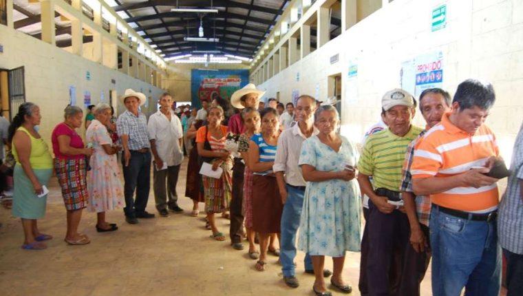 Las elecciones de 120Los Ser candidato presidencial concede inmunidad durante el proceso electoral.  (Foto Prensa Libre: Hemeroteca PL)