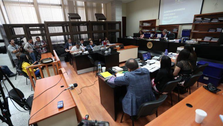 Partes procesales expusieron criterios distintos respecto a la presencia de la Cicig en el caso Manipulación de justicia. (Foto Prensa Libre: Carlos Hernández)