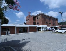 La Municipalidad de Santa Catarina Pinula construyó el edificio para que funcionara como un hospital en menor escala, han pasado diez años y aún no es aprovechado en su totalidad. (Foto Prensa Libre: Esbin García)