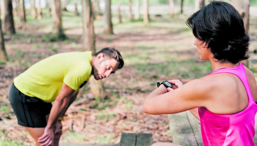 """Algunas personas hacer ejercicio en exceso para """"quemar"""" lo que comieron en exceso el día anterior. Esto solo perjudicará su organismo y alterará su metabolismo. (Foto Prensa Libre: Servicios)"""