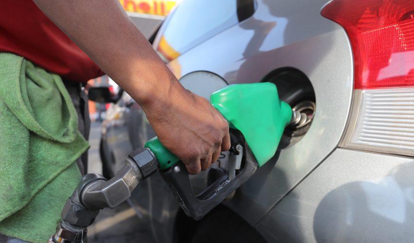 Precios de Gasolina, regular Q21.29, Super, Q22.49, V-Power, Q22.99, Diesel Q20.39, este precio es de las gasolineras Shell.    Erick Avila                   29/01/2019