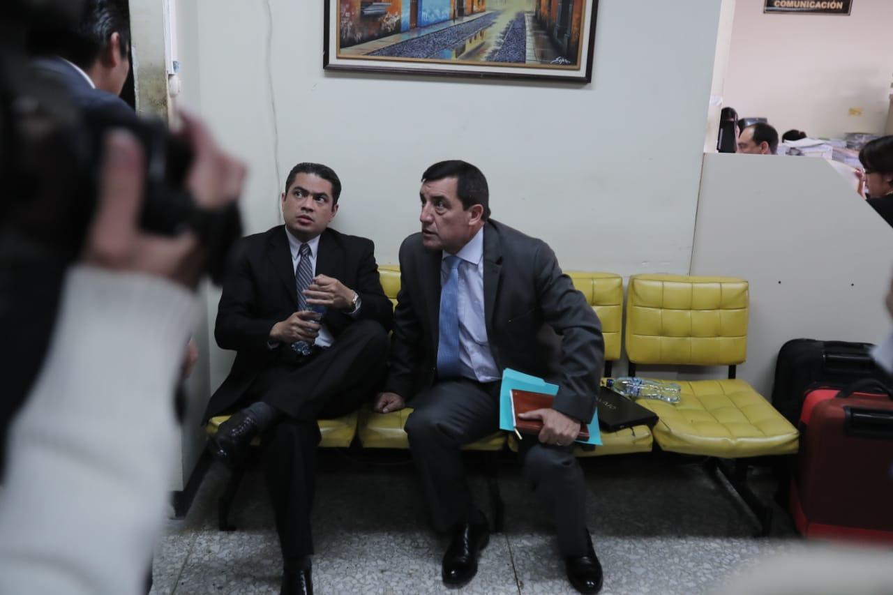 El general retirado Willams Mansilla, espera audiencia de etapa intermedia (Foto Prensa Libre: Juan Diego González)