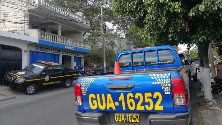 En este autopatrulla los policías efectuaron el operativo en el que se detuvo al hijo del diputado Juan Ramón Lau. (Foto Prensa Libre: Hemeroteca PL)