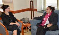 Breier y Porras conversan durante la reunión que se llevó a cabo en el Departamento de Estado de EE. UU. (Foto: @WHAAsstSecty)
