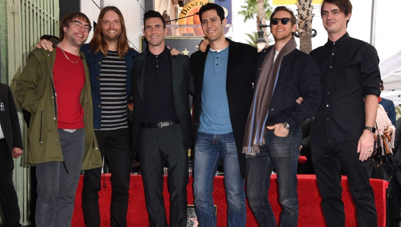 Maroon 5 canceló la conferencia de prensa y darán el espectáculo del Super Bowl, aunque reciben muchas críticas. (Foto Prensa Libre: AFP)