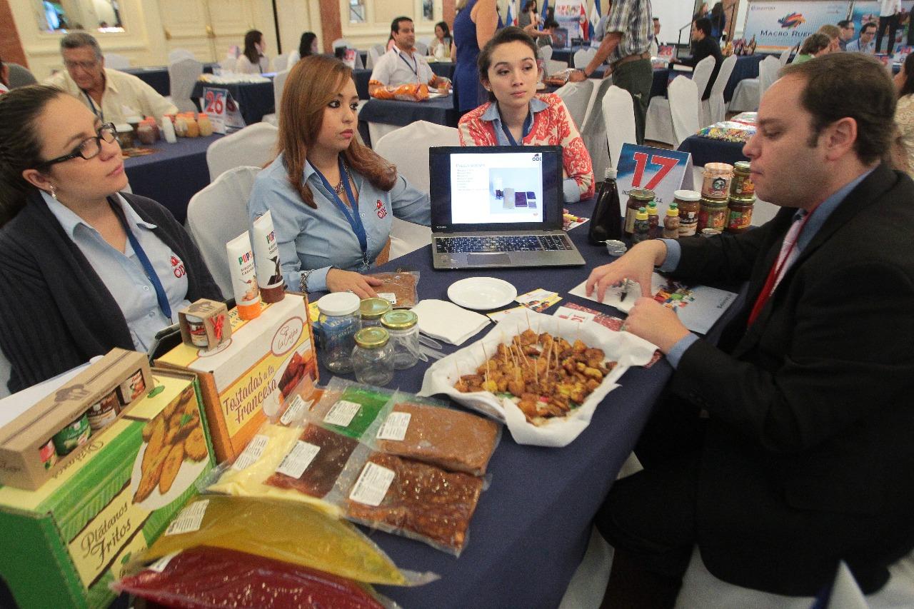 Guatemala busca ampliar la oferta comercial con la negociación, revisión y suscripción de nuevos acuerdos. (Foto Prensa Libre: Hemeroteca)