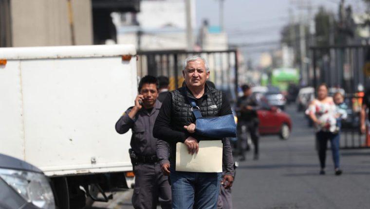 El expresidente Otto Pérez Molina ha buscado salir de prisión justificando el mal cardiaco que padece. (Foto Prensa Libre: Hemeroteca PL)