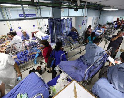 Los servicios de salud se encuentran en alerta amarilla y están preparados para atender las emergencias que se presenten durante la Semana Santa, según autoridades de Salud. (Foto Prensa Libre: Hemeroteca PL)
