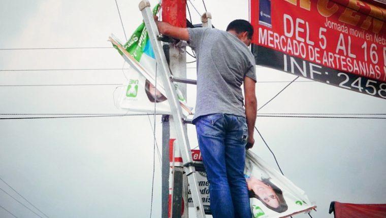 Los partidos políticos no podrán colocar propaganda en postes del Centro Histórico. (Foto Prensa Libre: Hemeroteca PL)