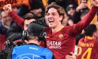 AS Roma Italian midfielder Nicolo Zaniolo celebrates after scoring his second goal during the UEFA Champions League round of 16, first leg football match AS Roma vs FC Porto on February 12, 2019 at the Olympic stadium in Rome. (Photo by Andreas SOLARO / AFP)
