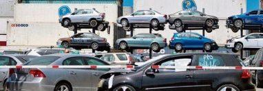 La SAT subastará un lote de vehículos, contenedores y mercancías variadas en Puerto Quetzal, Escuintla. (Foto Prensa Libre: Hemeroteca)