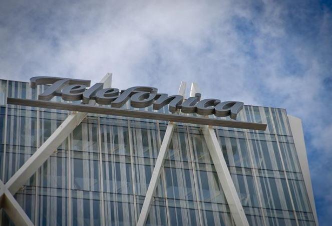 La española Telefónica aumenta su beneficio en 2018 pero pierde facturación. (Foto Prensa Libre: Hemeroteca)