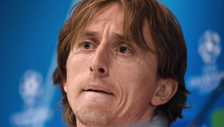 Real Madrid's Croatian midfielder Luka Modric holds a press conference at the Valdebebas training complex in the outskirts of Madrid, on March 4, 2019, on the eve of the UEFA Champions League, round of 16, second leg football match against Ajax. (Photo by JAVIER SORIANO / AFP)