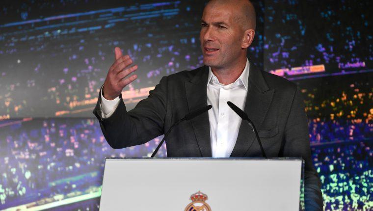 Zinedine Zidane durante su presentación como nuevo entrenador del Real Madrid. (Foto Prensa Libre: AFP)