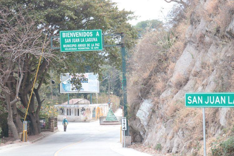Ingreso a San Juan La Laguna, Sololá.