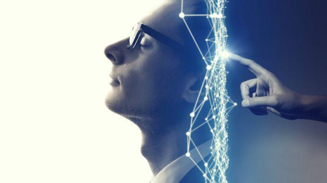 Nuestros cerebros funcionan de manera diferente a medida que avanza el día. GETTY IMAGES